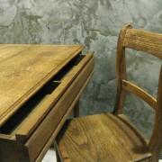 tafel en stoel bewerkt 3
