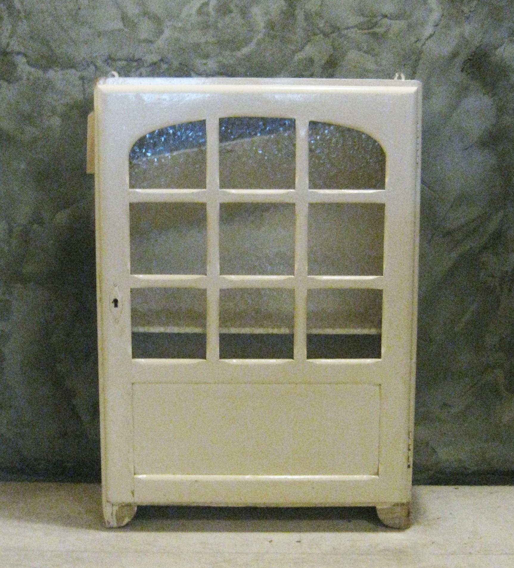 vintage art deco medicijnkastje wandkastje pakhuis frankrijk