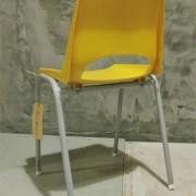 Vintage kinderstoeltje geel 4