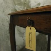 vintage keukentafel frankrijk detail