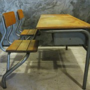Frans vintage schoolbankje A1