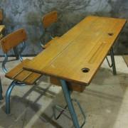 Frans vintage schoolbankje B1