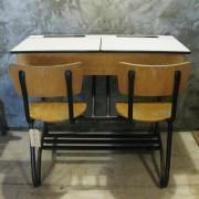 Vintage schoolbankje Belgie 1