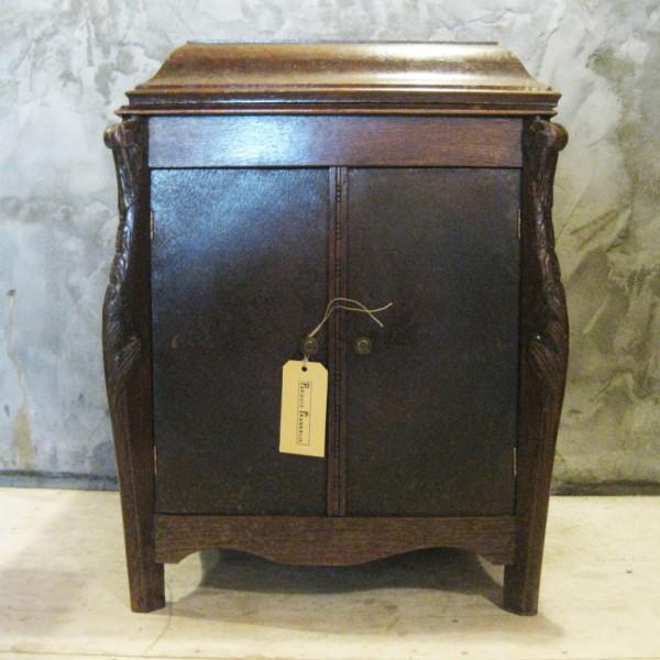 vintage grammofoonkastje
