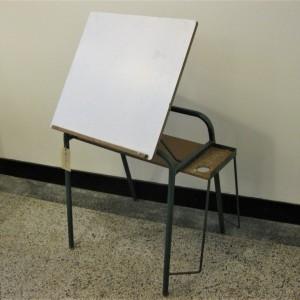 vintage teken en schilder tafel 1