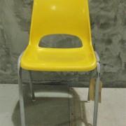 Vintage kinderstoeltje geel 2