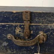 houten kist donkerblauw